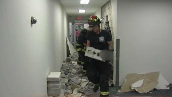 BMW se estrella dentro de edificio tras error humano