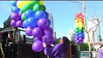 Solo horas para el Desfile del Orgullo Gay
