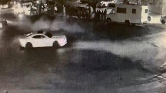 Corredores de autos propinan golpiza a un anciano