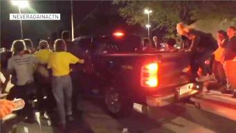 Suspenden a agente que intentó arrollar a manifestantes