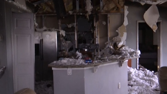 Familia hispana de ocho miembros pierde todo en incendio