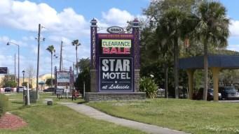 Investigan una muerte sospechosa en hotel en Kissimmee