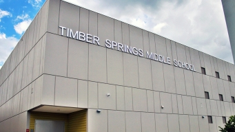 Evacuan escuela Timber Springs tras amenaza de bomba