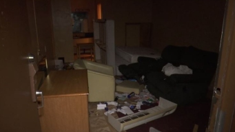 Desalojan a familias puertorriqueñas de hotel en Kissimmee
