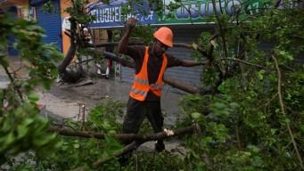 María deja destrucción, lluvia y muerte en Dominicana
