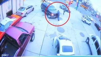 Policía: mata a trabajador por $22 de gasolina