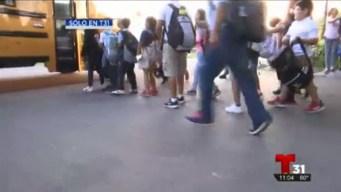 Padres denuncian parada de autobús peligrosa en Kissimmee