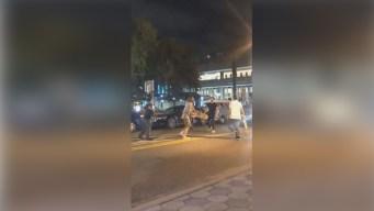 Captan brutal ataque a patinetazos en plena calle