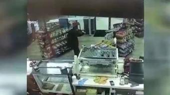 Asaltante termina herido de bala en gasolinera