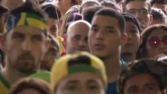 Tristeza embarga a brasileños por despedida del Mundial