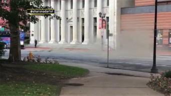 Explosión de alcantarilla causa apagón en Newark