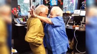 Viral: hablan abuelos que son furor por atrevido baile