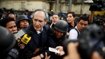 Arrestan a expresidente de Guatemala por corrupción