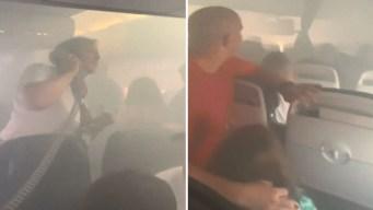 Video: pánico en avión al llenarse de humo la cabina