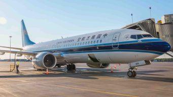 China ordena aterrizar modelos de Boeing tras accidente