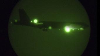Inmensos y temibles: llegan los B-52 al Golfo Pérsico