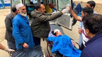 Bombazos dejan muertos y niños heridos en Kabul