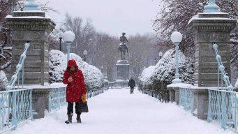Noreste de EEUU queda bajo nieve tras paso de tormenta