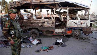Bombazo asesino pulveriza un autobús lleno de gente
