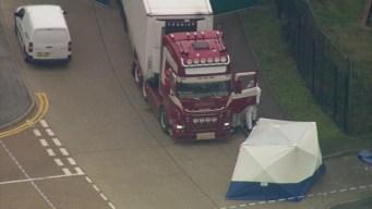 Hallan camión lleno de cadáveres en Inglaterra