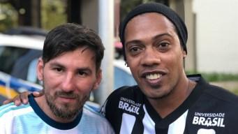"""Messi"" y ""Ronaldinho"" juntos palpitan el Argentina vs. Brasil"