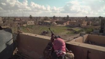 Acorralado y atrincherado, el temible ISIS no se rinde