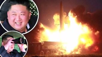 Con sonrisa de niño: Kim prueba sus temibles misiles