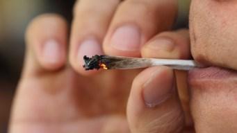 ¿Legal o no? El consumo de marihuana y la residencia