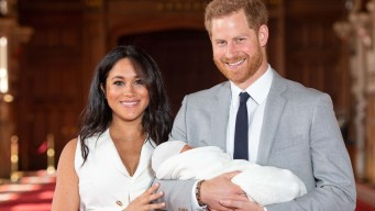Primeras imágenes: Harry y Meghan muestran a su bebé