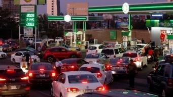 Desabasto de gasolina: 2 versiones, un problema inmenso