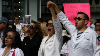 Médicos residentes de 82 hospitales van a paro