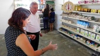 México: tienda ofrece comida a cambio de basura