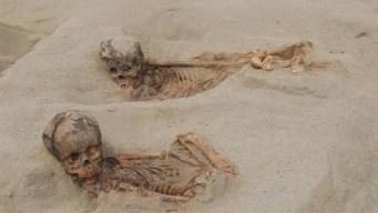 Encuentran restos de cientos de niños sacrificados