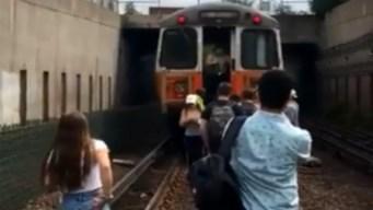 MBTA suspende servicio de tren de la línea naranja