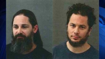 Arrestan a dos hombres tras llegar al aeropuerto Bradley