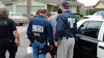 México: Gobierno alista defensa para migrantes en EEUU