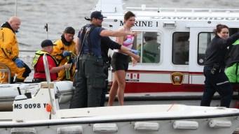 Rescatan 9 personas de barcos hundidos en el Río Charles