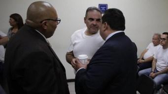 Expresidente salvadoreño Saca condenado a prisión