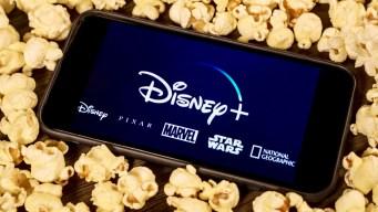 Trabajo soñado: pagan $1,000 por ver películas de Disney