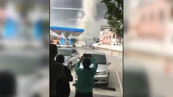 En video: huyen despavoridos ante poderoso torbellino