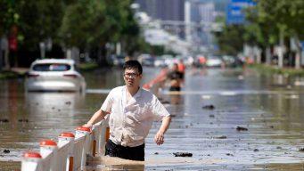 Video: la fuerza del tifón Lekima deja muerte y destrucción