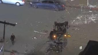Cae de tercer piso de estacionamiento en California