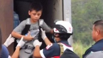 Encuentran más de 140 migrantes escondidos en camión