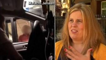 En video: empleado se habría burlado de clienta sorda
