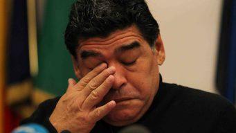 Maradona dado de alta tras operación por sangrado estomacal