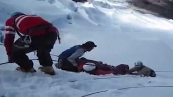 Habían coronado el nevado pero una avalancha los mató