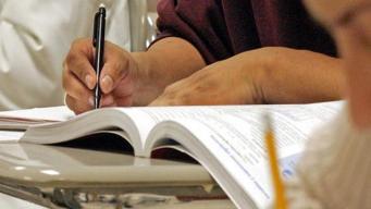 Presentan la primera fase para programa de Vales Educativos
