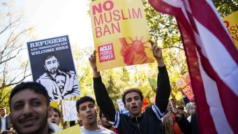Corte Suprema examina el veto migratorio de Trump