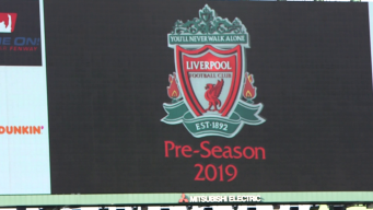 """Liverpool FC visita el """"icónico"""" Fenway Park"""