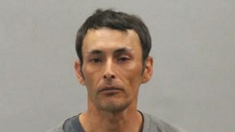 Hombre arrestado se burla de oficial fallecido en Yarmouth